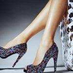 Kad žena ne nosi visoke potpetice na prvom sastanku, to nepogrešivo ukazuje samo na jedno
