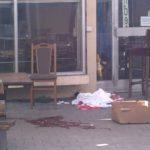PUCNJAVA USRED DANA Žena ubijena u bašti kafića, njenom bratu se ljekari bore za život (UZNEMIRUJUĆI FOTO)