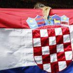 """S tribine i sa zidova: """"Ubij Srbina"""" i """"Oj hrvatska mati, Srbe ćemo klati"""" VIDEO/FOTO"""