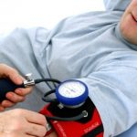 Kada su ljekari zakazali, muškarac izmislio aplikaciju za krvni pritisak i izliječio se
