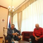 U ČETIRI OKA Počeo sastanak Dodika i Pavića