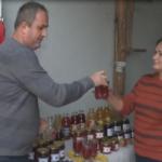 Porodica Mujčić iz Kozaruše  proizvodi prirodne sokove i džemove (VIDEO)