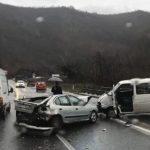 Stravičan sudar tri vozila, ima povrijeđenih