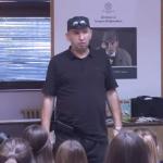 """Dječiji pisac Uroš Petrović u OŠ """"Petar Kočić"""" (VIDEO)"""