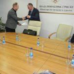 Potpisani ugovori o izgradnji infrastrukture u povratničkim naseljima deset lokalnih zajednica