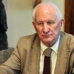 Bećković: Narod će odbraniti svoju crkvu ili nestati