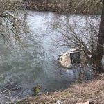 Pronađeno tijelo muškarca koji je vozilom sletio u Vrbas