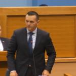 CIRKUSANT Stanivuković nasrtao na zvaničnike - nasrnuo i na ministra Lukača (VIDEO)
