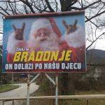 """""""Čuvaj se bradonje, oni dolaze po našu djecu""""- u Tuzli bilbordi protiv proslave Nove godine (FOTO)"""