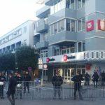 Policija blokirala centar Podgorice, vjernici ispred hrama (FOTO/VIDEO)