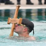 Šok i nevjerica u Francuskoj: Srbi plivali za Časni krst, turisti zgranuti