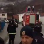 Čitava armija policije na srpsku trobojku u Crnoj Gori (VIDEO)