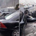 HAOS NA PUTU Preticao na punoj liniji, pa se zabio u parkirana vozila (FOTO)