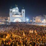 """Podgoričani u odbrani svetinja: Orilo se """"Hriste Bože"""" (VIDEO)"""