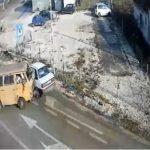 Udes dva automobila i teretnog kamiona