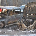 BUKTINJA U ZVORNIKU Izgorjela dva automobila na parkingu (FOTO)