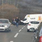 STRAŠAN SUDAR KAMIONA I AUTOMOBILA Dijete životno ugroženo nakon nesreće, saobraćaj OBUSTAVLJEN