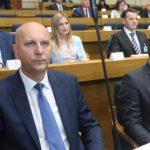 Nezavisni klub poslanika SP: Najoštrije osuđujemo istupe Petra Đokića
