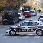 Policija u stambenom objektu pronašla 180 migranata i narkotike