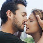 Nisu svi poljupci isti: Šta znači kad vas muškarac ljubi u vrat, čelo, ruku ili pored oka?