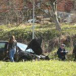 Automobil se isprevrtao na cesti, vozač POVRIJEĐEN (FOTO)