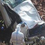 Autom sletjeli u provaliju, prevezeni u bolnicu
