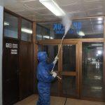 """Stručni tim iz Ruske Federacije obavio je danas dezinfekciju u bolnici """"Doktor Mladen Stojanović"""" u Prijedoru (FOTO)"""
