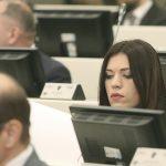 """""""TO ŠTO ON NIŠTA NE RADI, NJEGOV JE PROBLEM"""" Reakcija Sanje Vulić na Mektićevu diskusiju"""