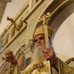 Mitropolit Amfilohije služi liturgiju u manastiru Ostrogu (UŽIVO)