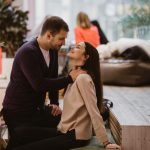 """Da li partner vaš odnos čuva ili krije od drugih? Ovo su tri sigurna znaka da ste u """"tajnoj"""" vezi!"""