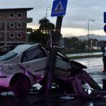 Automobilom udario u stub, vozač prevezen u bolnicu