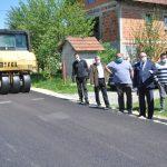 ULOŽENO PRIBLIŽNO 66.500 KM Asfaltirani putevi u Janjića naselju kod Prijedora