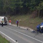 Troje povrijeđeno u direktnom sudaru dva vozila