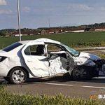 Stravična nesreća na obilaznici: U sudaru kombija i automobila poginuo muškarac (56)