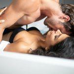 Bez vratolomija i mnogo buke: Ovo su 3 seksualna položaja idealna za lenje osobe!