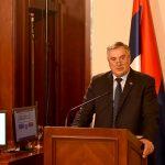 DISTANCA I ZAŠTITA OSTAJU Višković potvrdio da se od sutra u Srpskoj UKIDA POLICIJSKI ČAS