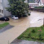 Nevrijeme u Gradačcu: Poplavljeni objekti i oštećeni putevi (FOTO/VIDEO)