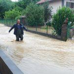 POPLAVE U ZVORNIKU Mještani u strahu zbog obilnih padavina, VODA UŠLA U 20 KUĆA (VIDEO, FOTO)