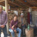 Bez struje u 21. vijeku: Pogledajte priču iz srpskog sela kod Drvara (VIDEO)