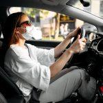 Da li i vi nosite masku dok vozite? Evo šta kažu stručnjaci - da li je to dobro?