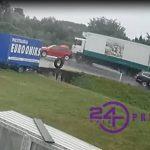 STRAVIČAN sudar kamiona i golfa u Prijedoru (FOTO i VIDEO)