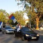 """Crna Gora: Kilometarske kolone, sirene i poruka """"Ne damo svetinje"""" (VIDEO)"""