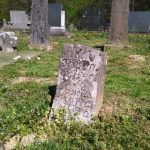 BIZARNO Iskopao grobne ostatke predaka kako bi napravio MJESTA ZA SEBE I SUPRUGU