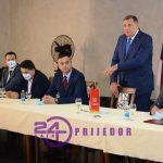 """""""Sigurni smo u pobjedu našeg kandidata"""" – poručio lider SNSD-a Milorad Dodik   """"Trebaju nam mladi ljudi koji imaju viziju"""" (FOTO i VIDEO)"""