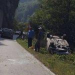 Jezivi prizori: Sudar dva automobila, povrijeđena jedna osoba