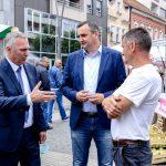 """Ministar Pašalić i Dalibor Pavlović posjetili izložbeno prodajnu manifestaciju """"Plodovi ljeta"""""""