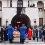 Pripadnici Garde prenijeli tijelo blažnopočivšeg patrijarha u Saborni hram (VIDEO)