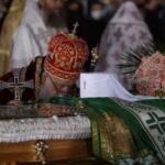 Zašto je patrijarhov kovčeg prekriven zelenim plaštom?
