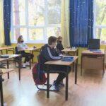 Učenici ponovo u školskim klupama