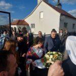 Dodik uručio dar za obnovu srpske škole u Јasenovcu